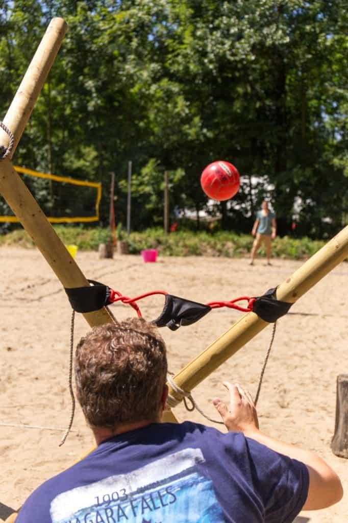 Outdoor activiteiten - Katapult bouwen